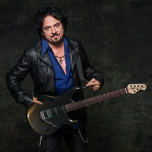 steve_lukather_blue-_shirt_028